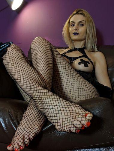 Birmingham Mistress Christina